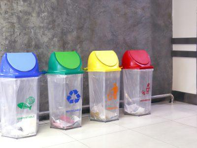 Kolory koszy na śmieci - poradnik dla mieszkańców Krakowa