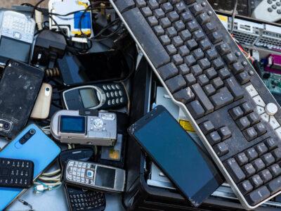 Stare telefony i inne elektrośmieci